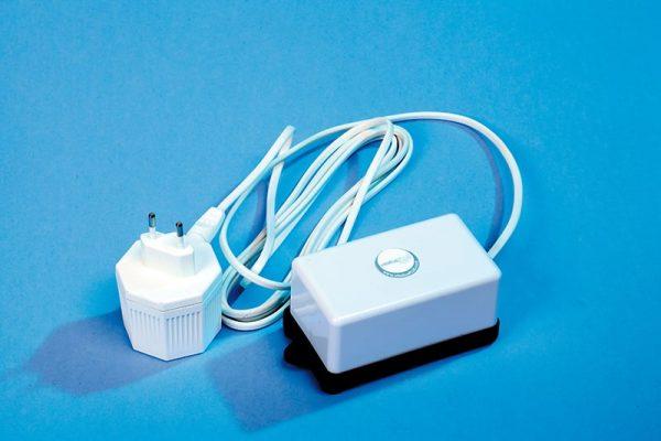 Electric vacuum pump 230V - 12V - vitallusPLUS