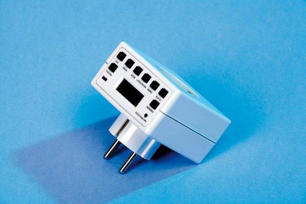 Digital Plug-In Timer